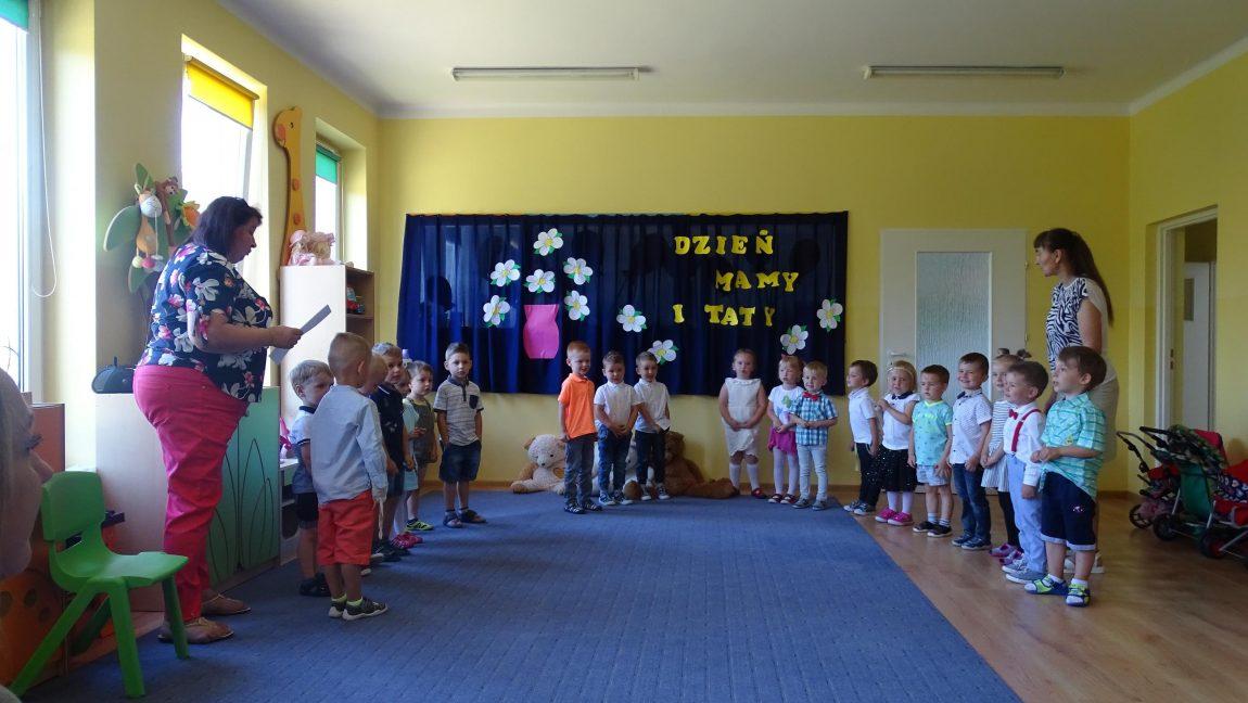 Dzień Mamy I Taty U Krasnoludków Publiczne Przedszkole
