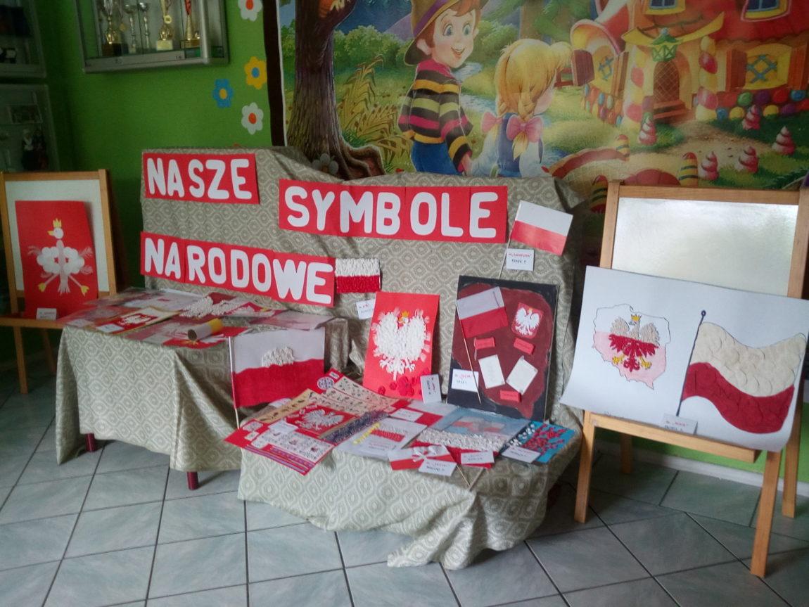 """""""NASZE SYMBOLE NARODOWE""""  WYSTAWA PRAC"""